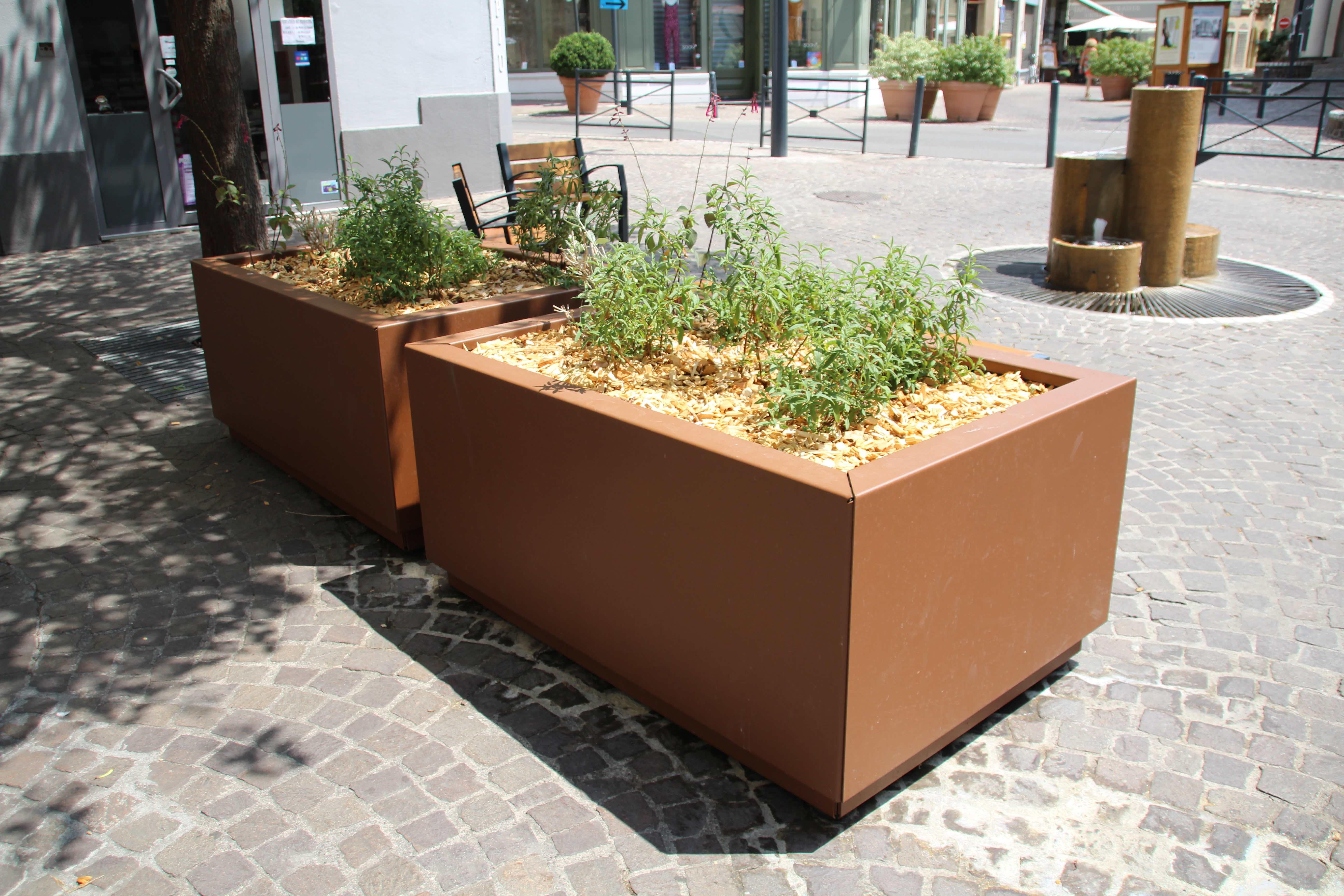 Mobilier urbain fabricant fran ais de mobilier urbain for Espace vert urbain